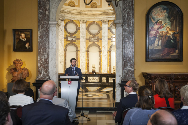 Onthulling David Bowie's Tintoretto_ Jorge Coll (Colnaghi Foundation) @ Ans Brys