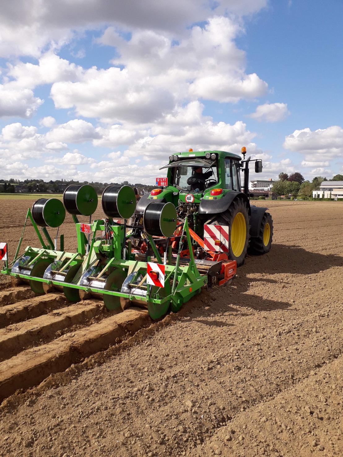 Praktijkpunt Landbouw Vlaams-Brabant zet in op strijd tegen droogte via druppelirrigatie en nieuwe gewassen