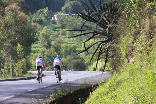 Brussels Airlines bikes through Uganda for charity