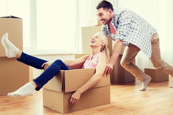 AXA Belgium propose la première assurance habitation dédiée aux colocataires