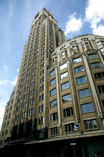 KBC heeft nieuw onderkomen voor merendeel medewerkers en bewoners KBC-Toren Antwerpen