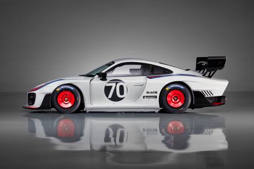 Clubsport-racewagen met 700 pk ter gelegenheid van 70 Jaar Porsche Sportwagens