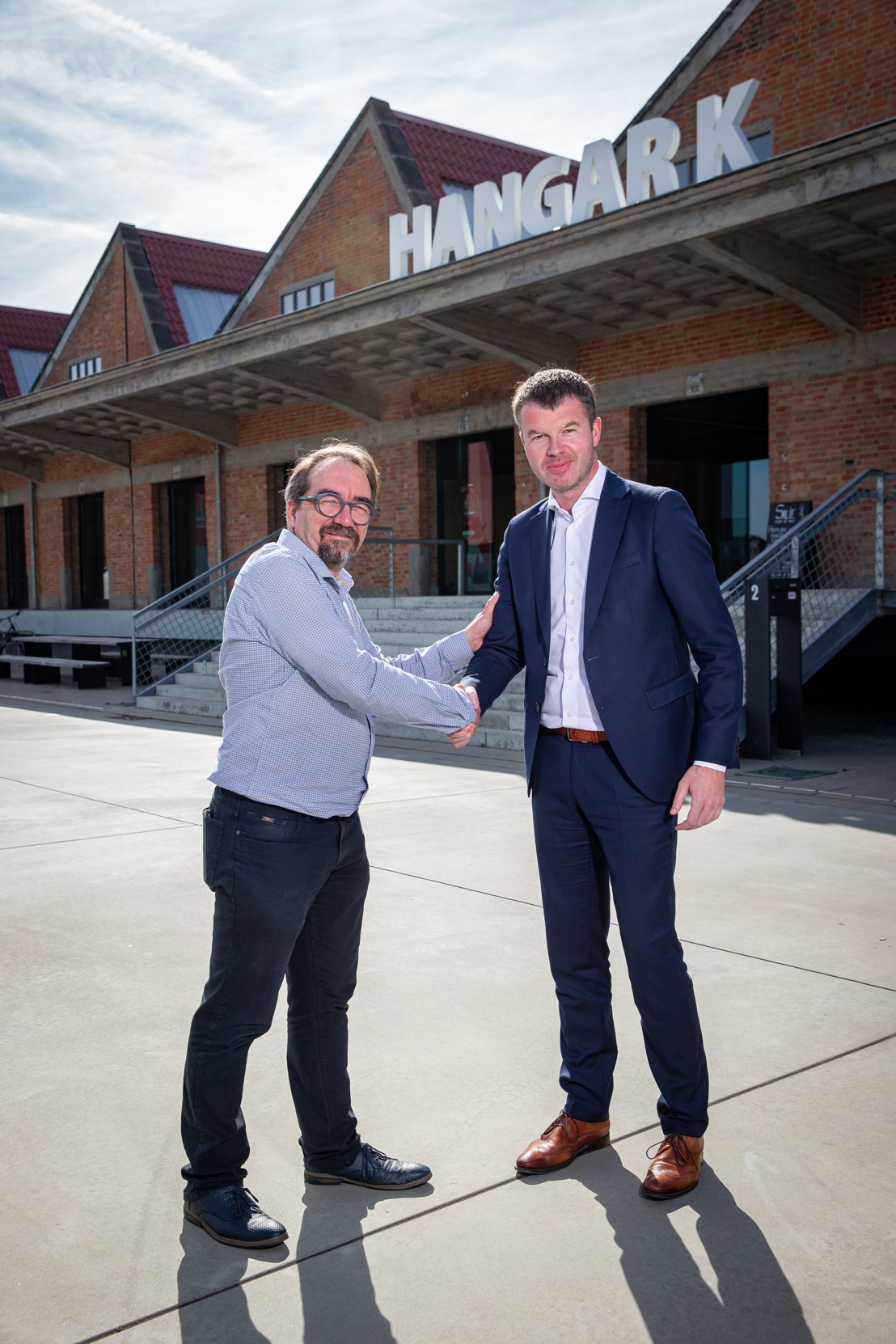 Voka West-Vlaanderen en Hangar K slaan handen in elkaar voor startende ondernemers