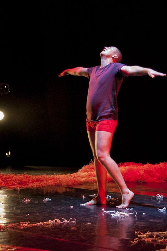 Alan Parker performs in Sacre for One - credit CuePix - Gemma Middleton, National Arts Festival 2016