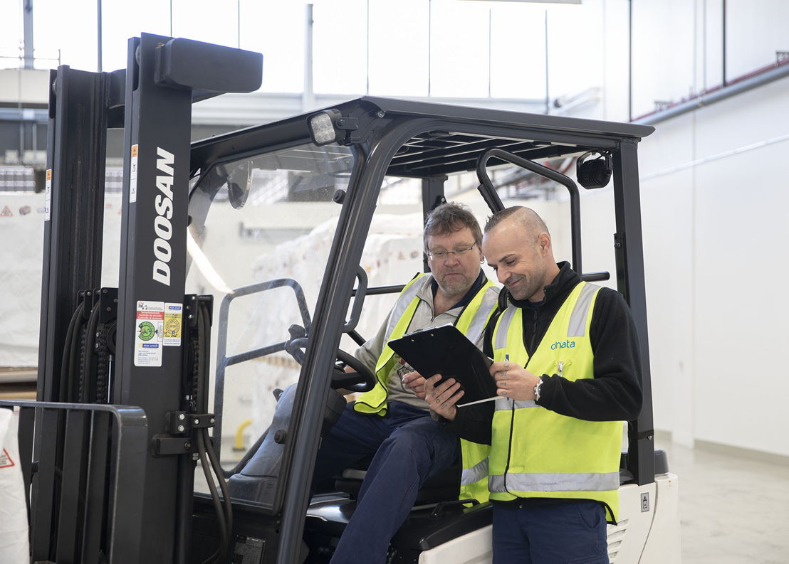 dnata employees at the company's Zurich facility