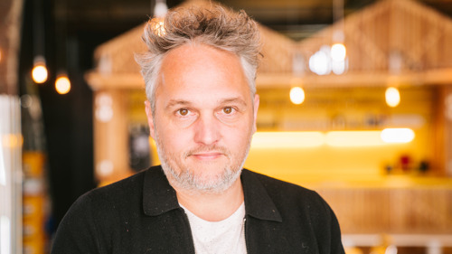 AWARD-WINNING CREATIVE DIRECTOR JOINS THE OVAL OFFICE