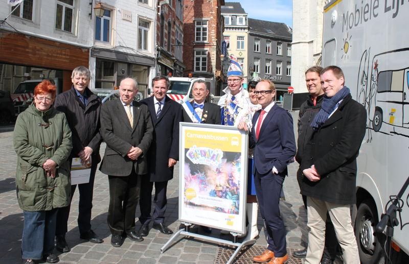 Voorstelling carnavalsbussen in aanwezigheid van minister Weyts en <br/>steunende gemeenten