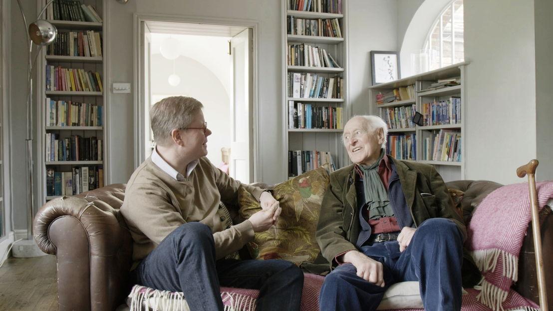 Filip Vermeylen en Stephen Keynes, neef van JM - (c) VRT