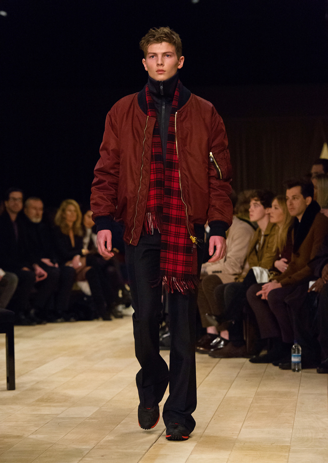 BURBERRY OUTWEAR FALL WINTER 16