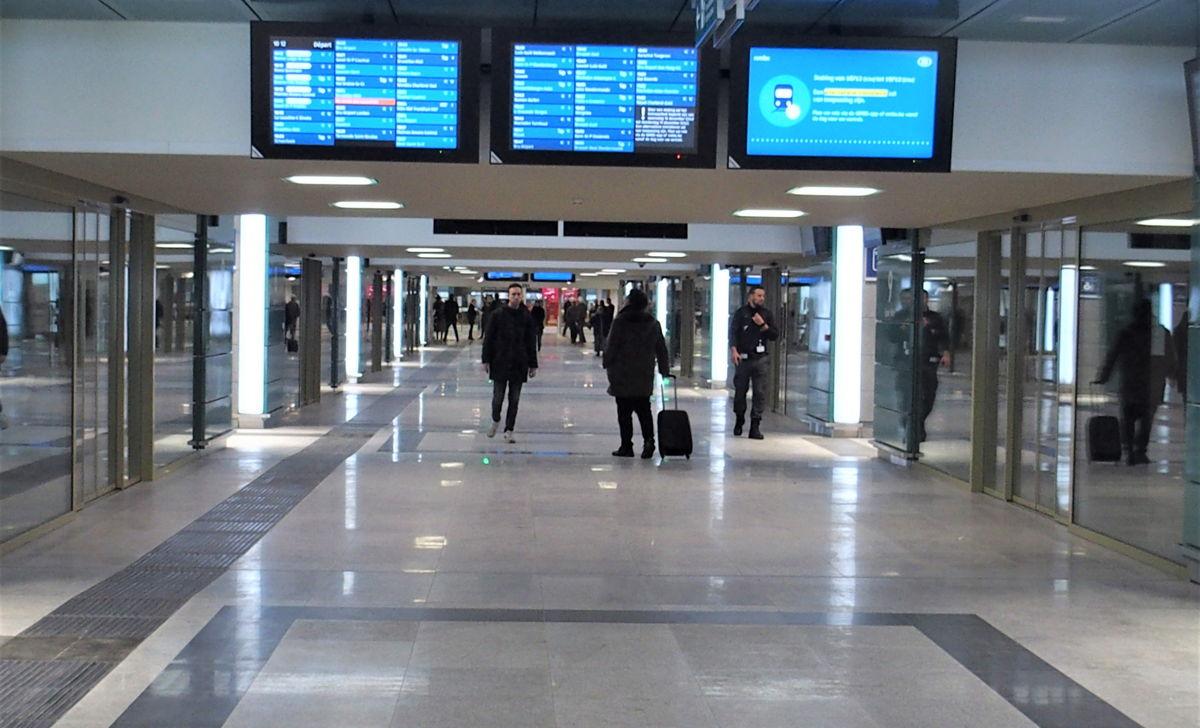 Met de heropening van de centrale onderdoorgang is de renovatie van Brussel-Noord voltooid.