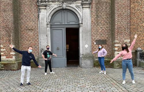 Studenten lerarenopleiding pimpen Sint-Pieterskerk