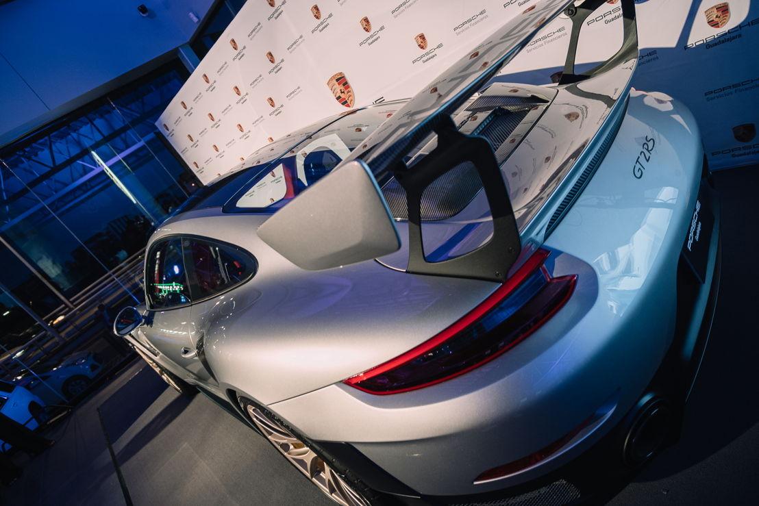 Porsche Centre Guadalajara se renueva en el 2018