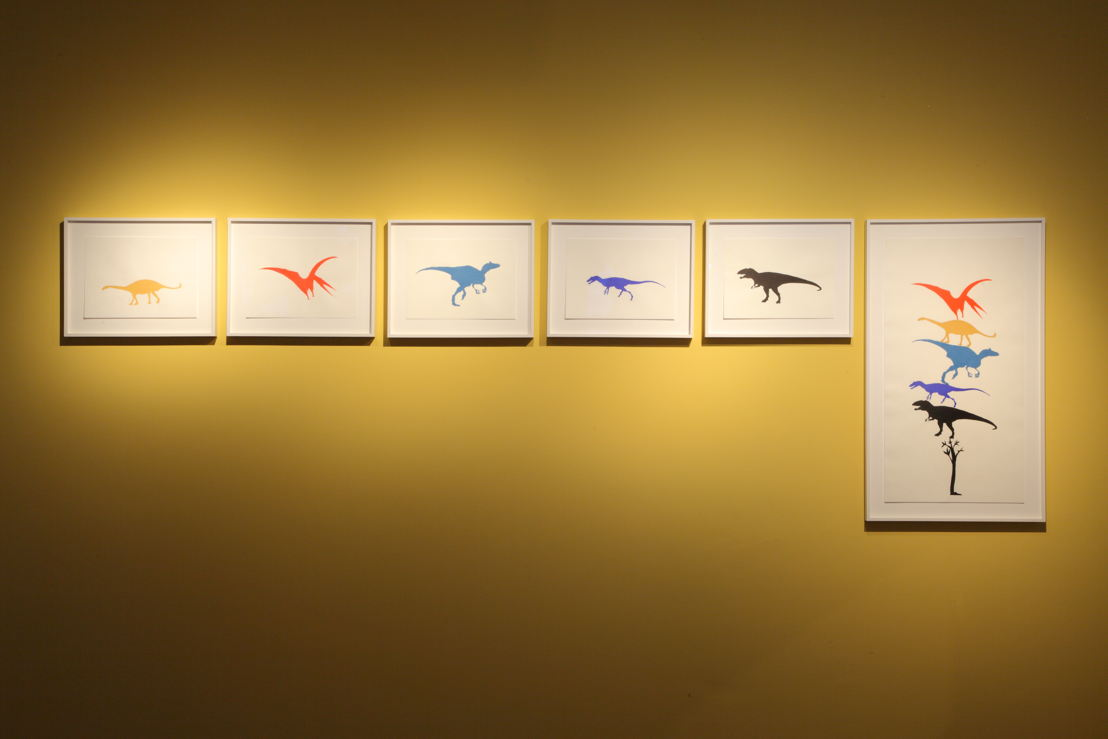 TBC (Dinosaur Woodblock Prints), 2013. © Yto Barrada. Courtesy Pace Gallery, Londen; Sfeir-Semler Gallery Hamburg/Beirut; Galerie Polaris, Parijs<br/>Photo: (c) Dirk Pauwels