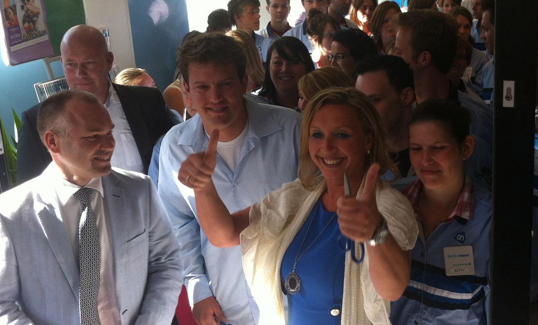 Corné Mulders (MD België),  Stephan Van Durme, Suna Taplak (supermarkt manager)