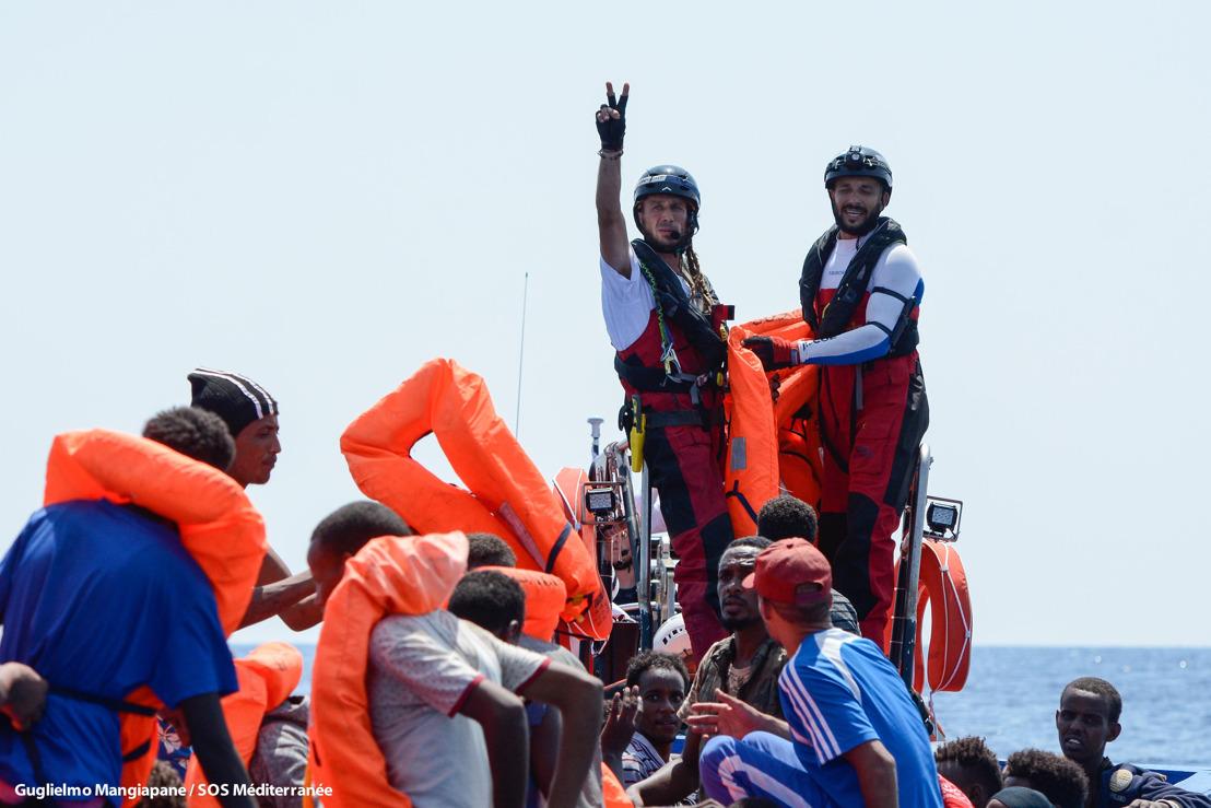El Aquarius solicita a los Gobiernos europeos que asignen un lugar seguro para desembarcar a las personas rescatadas en el Mediterráneo central
