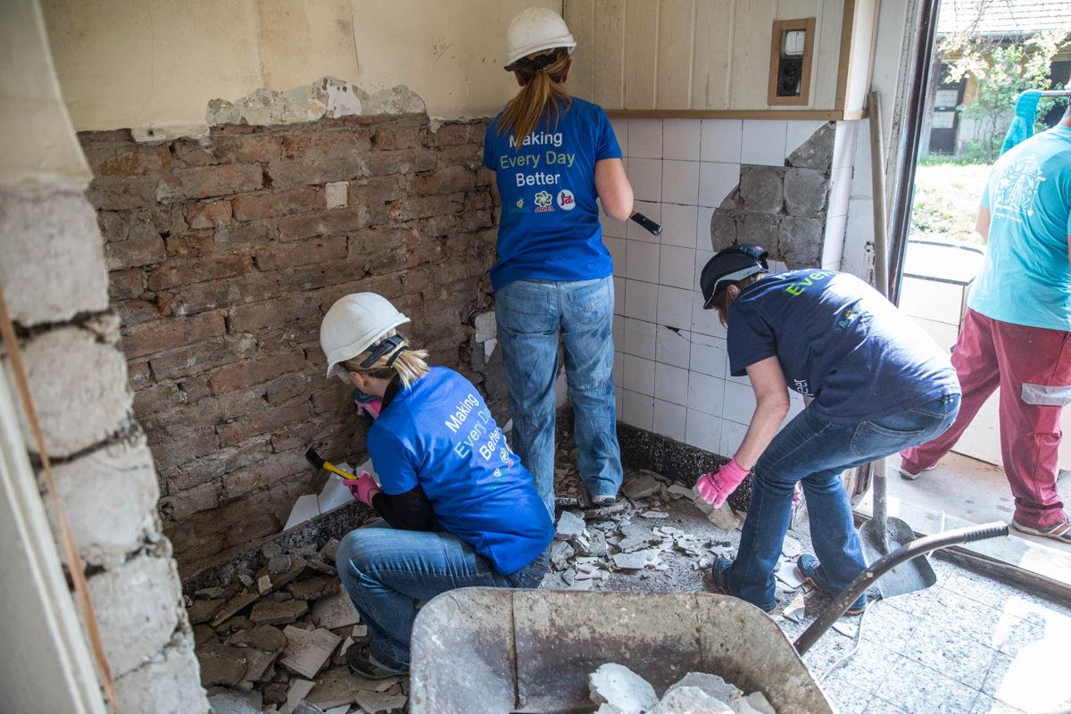 Az önkéntesek szívvel- lélekkel dolgoztak
