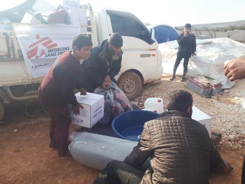 La población de Idlib huye de los ataques aéreos a zonas que se consideraban seguras