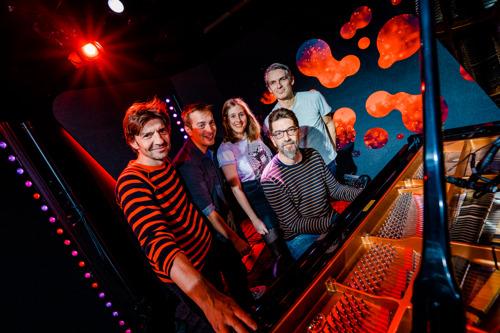 Koen Wauters draagt persoonlijke song voor zijn kinderen op aan Rode Neuzen Dag