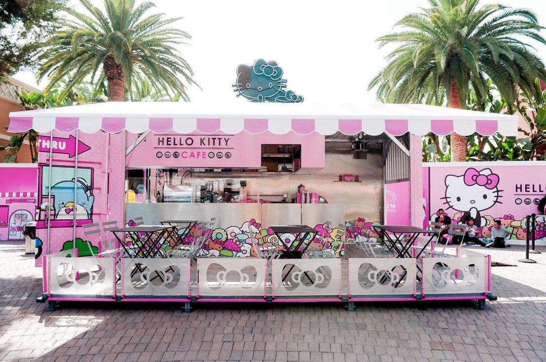 Descubre los cafés y food trucks de Hello Kitty