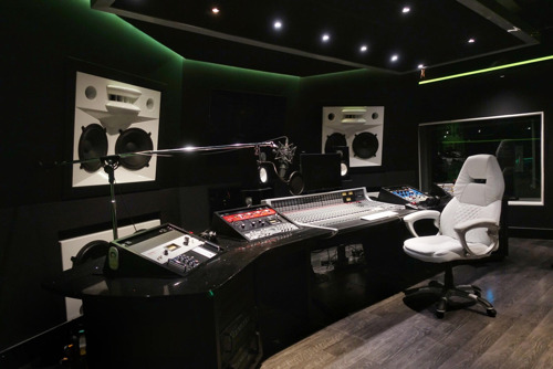 Solid State Logic Sets the Pace for prolific rapper Future and Atlanta's 5 Star Production Studios