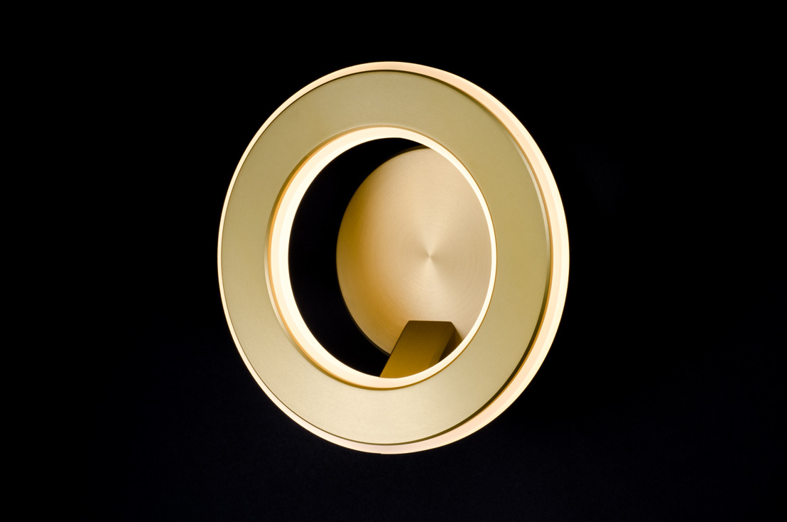 Karice's Electron Wall Sconce Lights Up 9th Annual International Design Awards