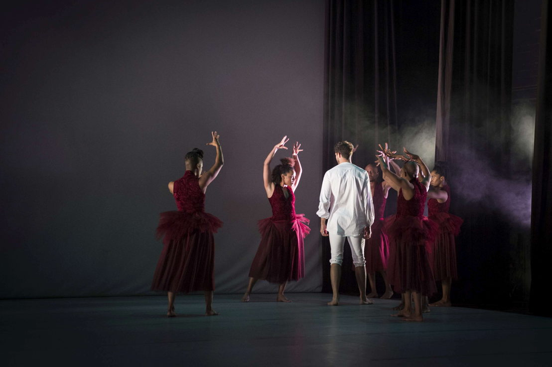 A scene from Dada Masilo's Giselle, pic Jan Potgieter (15)