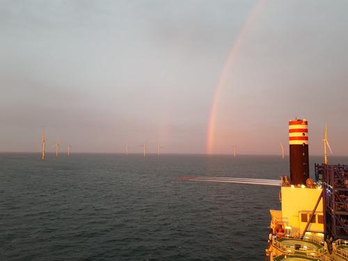 Windturbines van grootste windpark in België in recordtijd geplaatst