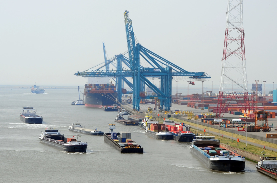 Coronavirus - Port of Antwerp remains open