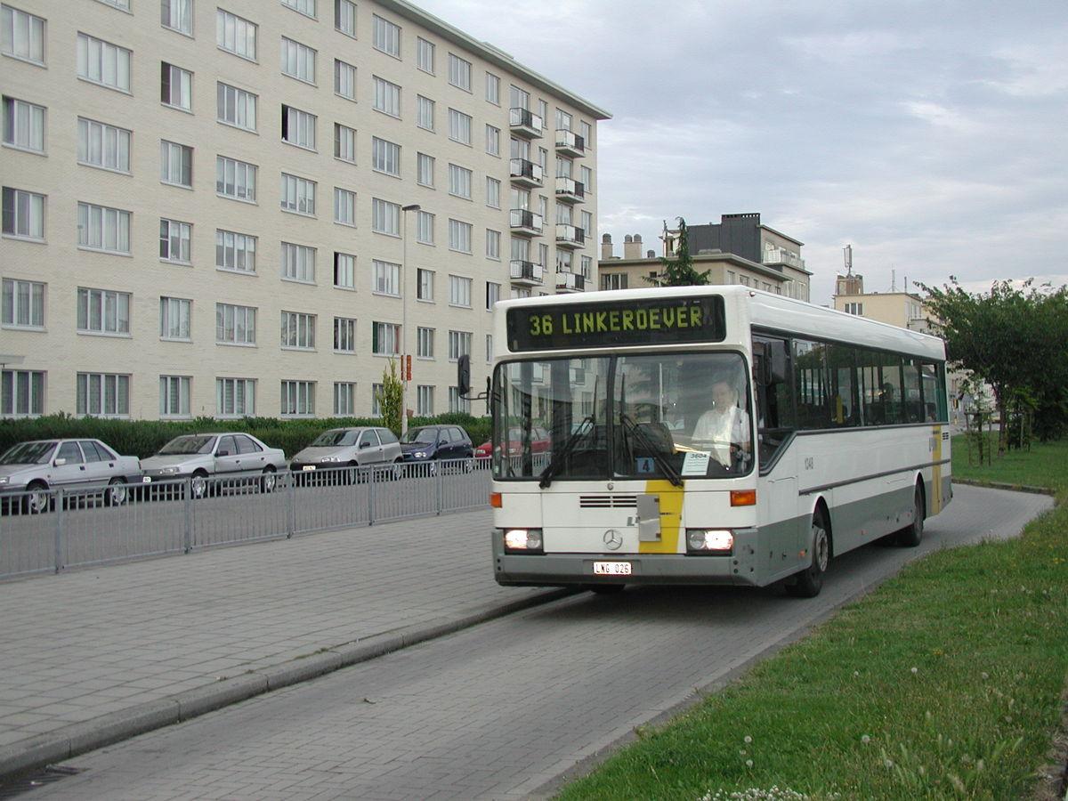 Bus 36 op Linkeroever. Vanaf 2 september weer de hele dag tussen Linkeroever en de Rooseveltplaats.