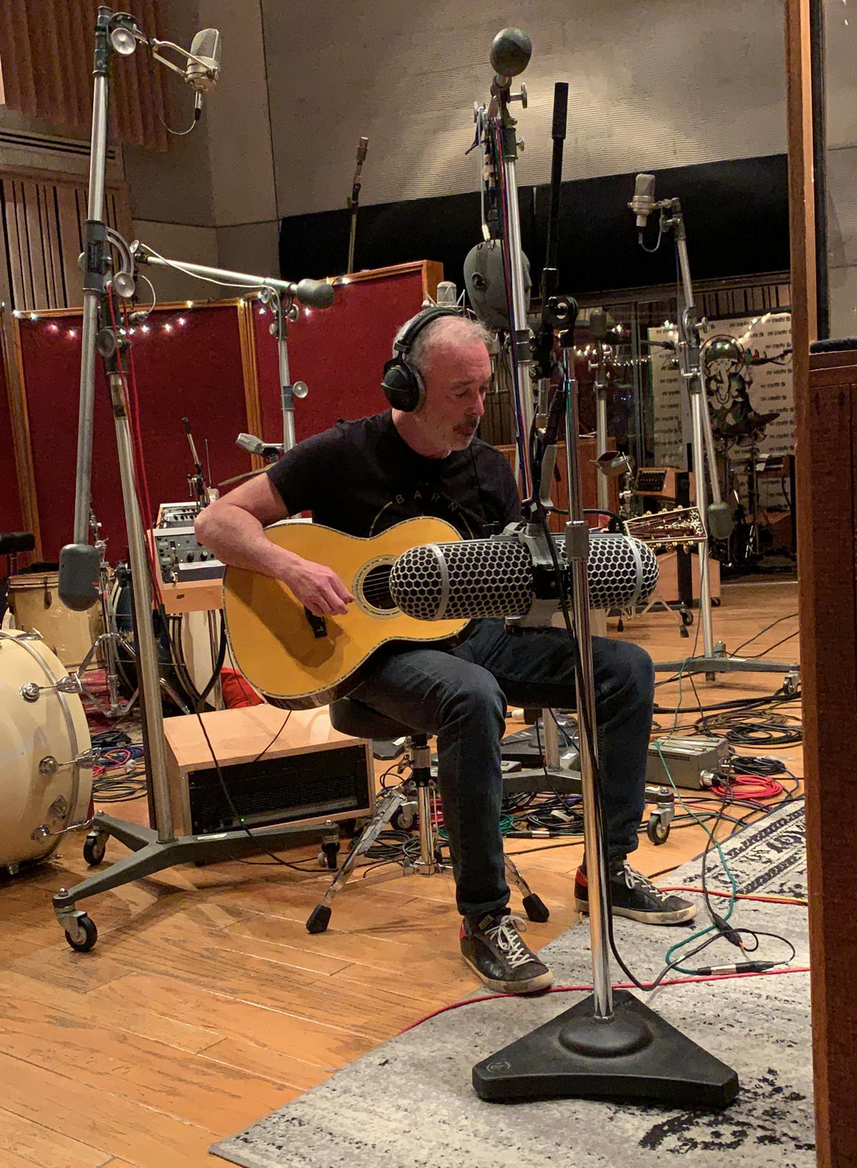 On his latest album Lifelike, Michael Marquart used several mics to record guitars, including the Neumann KU 100 and Sennheiser AMBEO VR Mic.  Photo courtesy of Michael Marquart