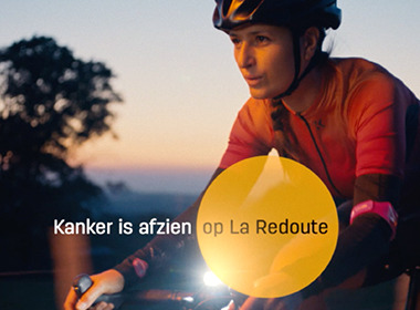 Kom op tegen Kanker (Stand up Against Cancer) and DDB search for light against cancer.