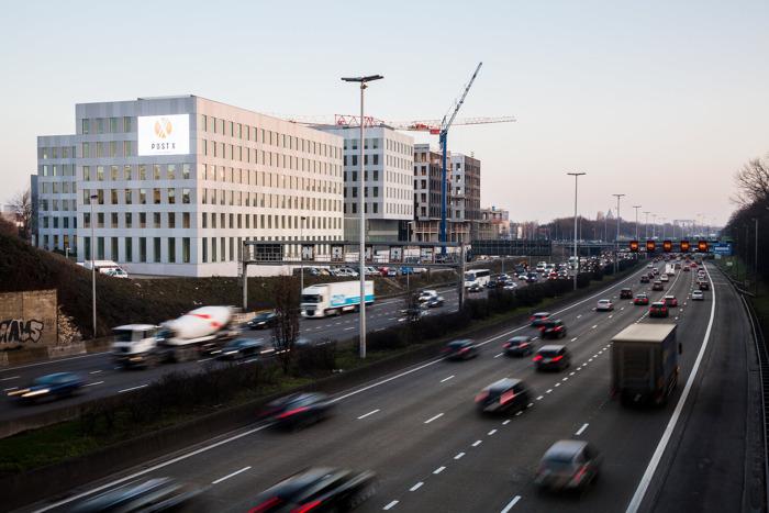 Vlaamse stationsbuurten populairder dan ooit: ruim 100.000 m2 extra kantoorruimte in de pijplijn