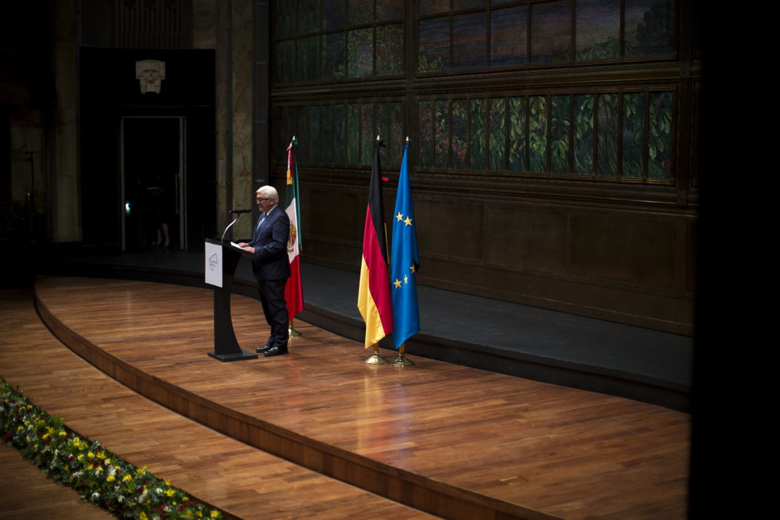 Frank-Walter Steinmeier, ministro de Relaciones Exteriores de Alemania, dirige unas palabras a los invitados, previo al concierto inaugural del Año Dual Alemania - México 2016-2017.