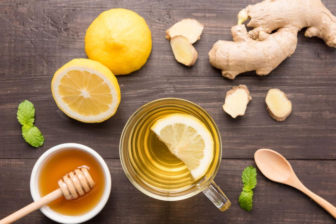 4_limone e acqua calda per dimagrire