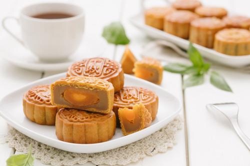 Capodanno Cinese - Le speciali mooncakes di Deliveroo per festeggiare a tavola una tra le ricorrenze più importante del mondo orientale anche a Milano.