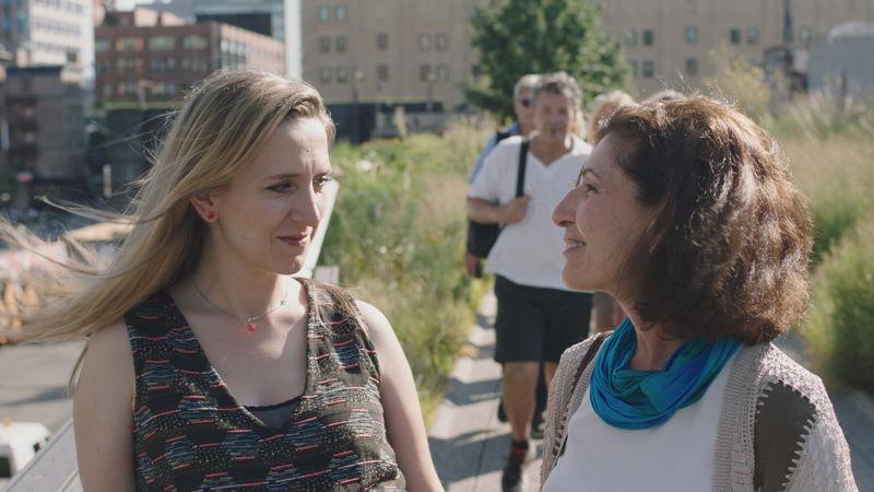 Alicja Gescinska en Anisa Mehdi - (c) Kris Van de Voorde