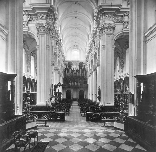 voor-oorlogse toestand doksaal Sint-Michielskerk