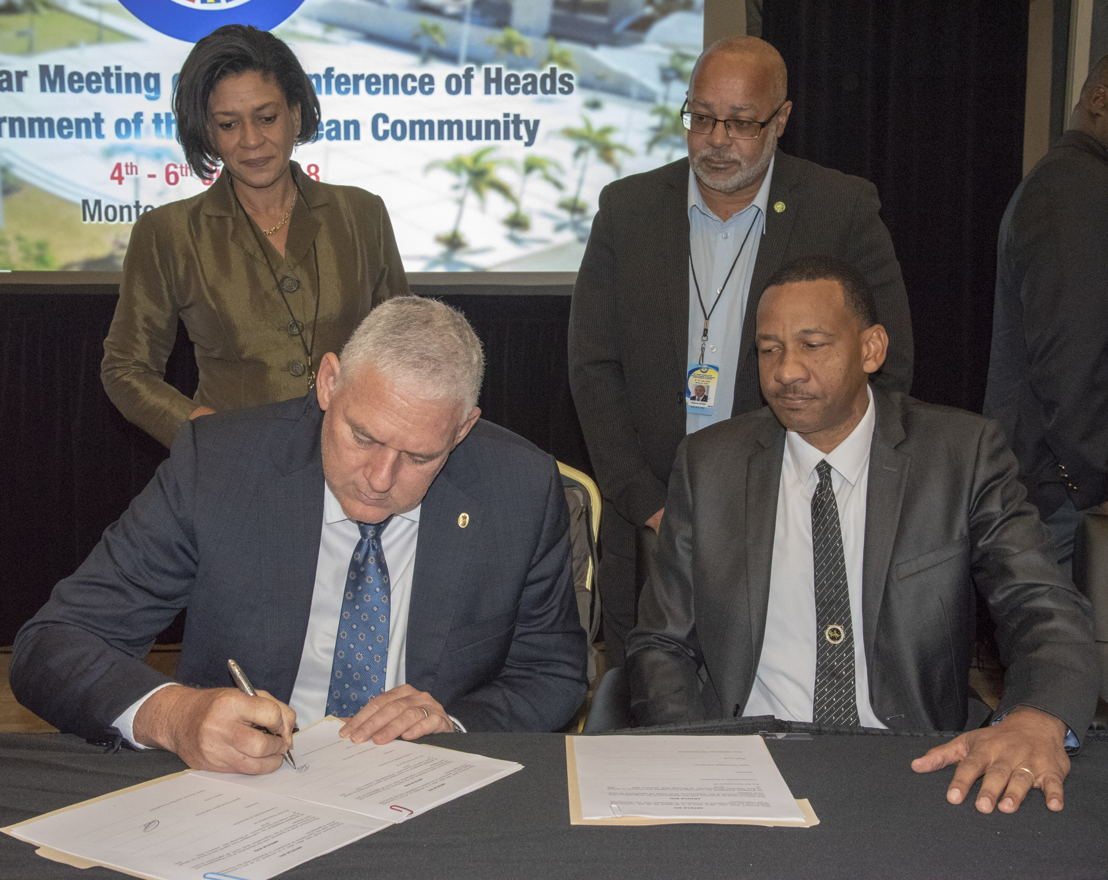 Prime Minister of Saint Lucia, Hon. Allen Chastanet and Managing Director (Ag) of ECTEL, Mr. Andrew Millett, sign Protocol Amending the Treaty Establishing the Eastern Caribbean Telecommunications Authority.