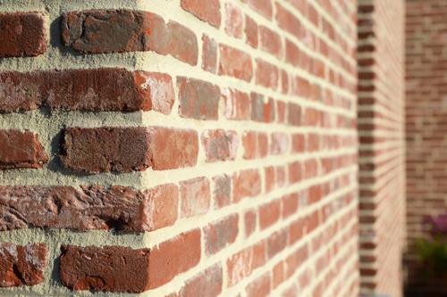 Sto lance un site web sur les briquettes de parement StoBrick