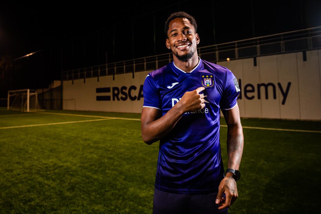 Amir Murillo tekent nieuw contract
