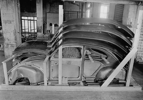 Des Coccinelle en caisses : Volkswagen exporte des voitures en kit depuis 70 ans