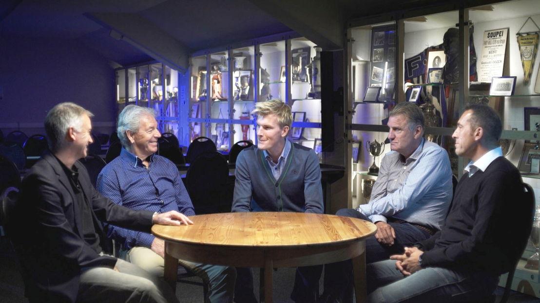 De kleedkamer - Club Brugge 1988: Marc Degryse, Henk Houwaart, Ruben Van Gucht, Jan Ceulemans, Philippe Vande Walle - (c) Deklat Binnen