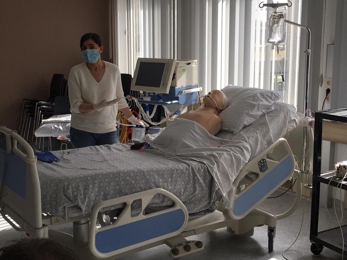 Thomas More schoolt verpleegkundigen van het AZ Jan Portaels bij naar Intensieve Zorg
