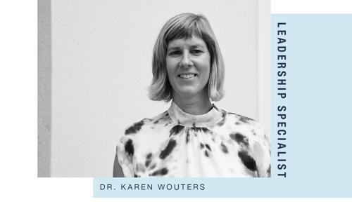 oona tekent samen met Dr. Karen Wouters strategisch HR-beleid uit