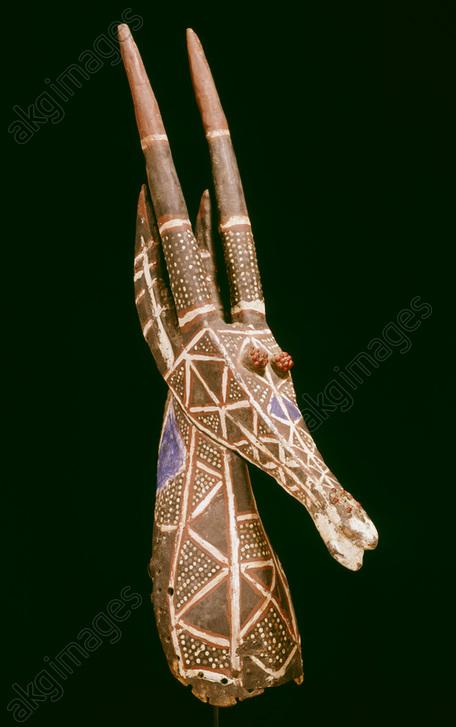 Antelope mask, stylized <br/>West African, Kurumba, Burkina Faso.<br/>Wood, painted.<br/><br/>AKG5589949