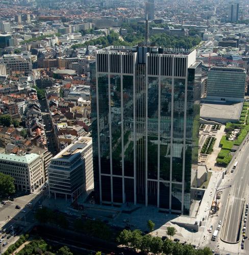 Breevast et ZBG concluent la vente de la Tour des Finances de Bruxelles à Meritz pour plus d'1,2 milliard d'euros