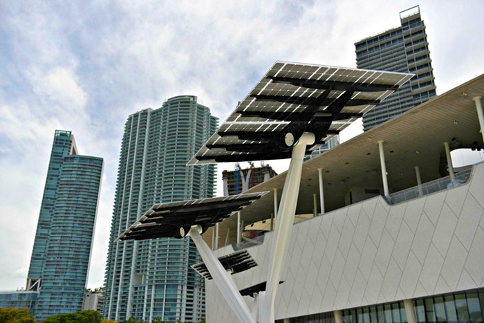 UAE TAILORED BIPV REGULATIONS TO BRING SOLAR OFF THE GROUND