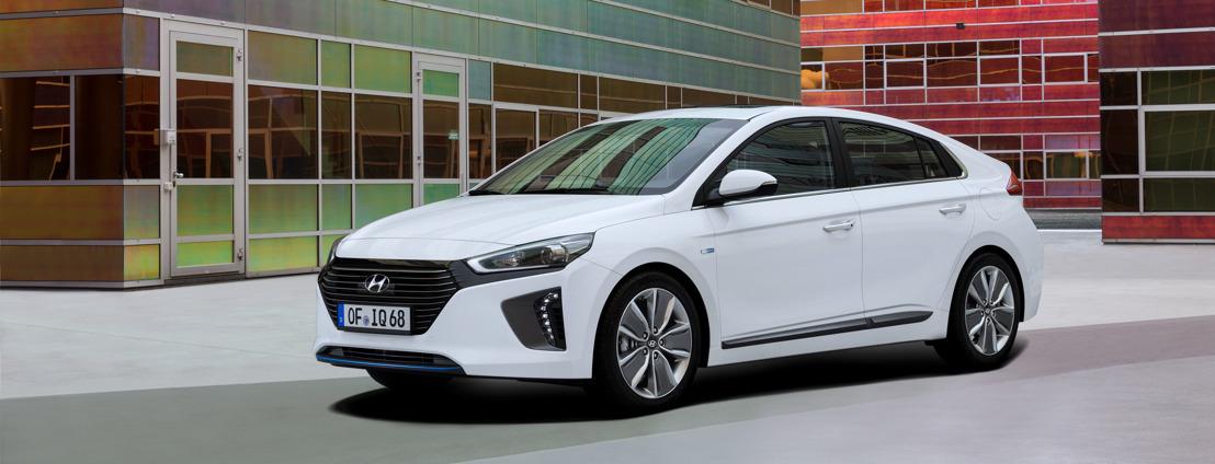 Hyundai IONIQ Hybrid: Exklusive Vorpremiere an der  Comptoir Suisse in Lausanne und an der ArteCasa in Lugano
