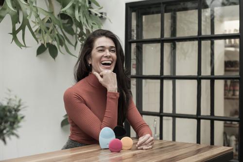 Rina Cunha apresentará case da FOREO, empresa sueca que ganhou o mundo em menos de 5 anos, no Beauty & Fashion Day 2018