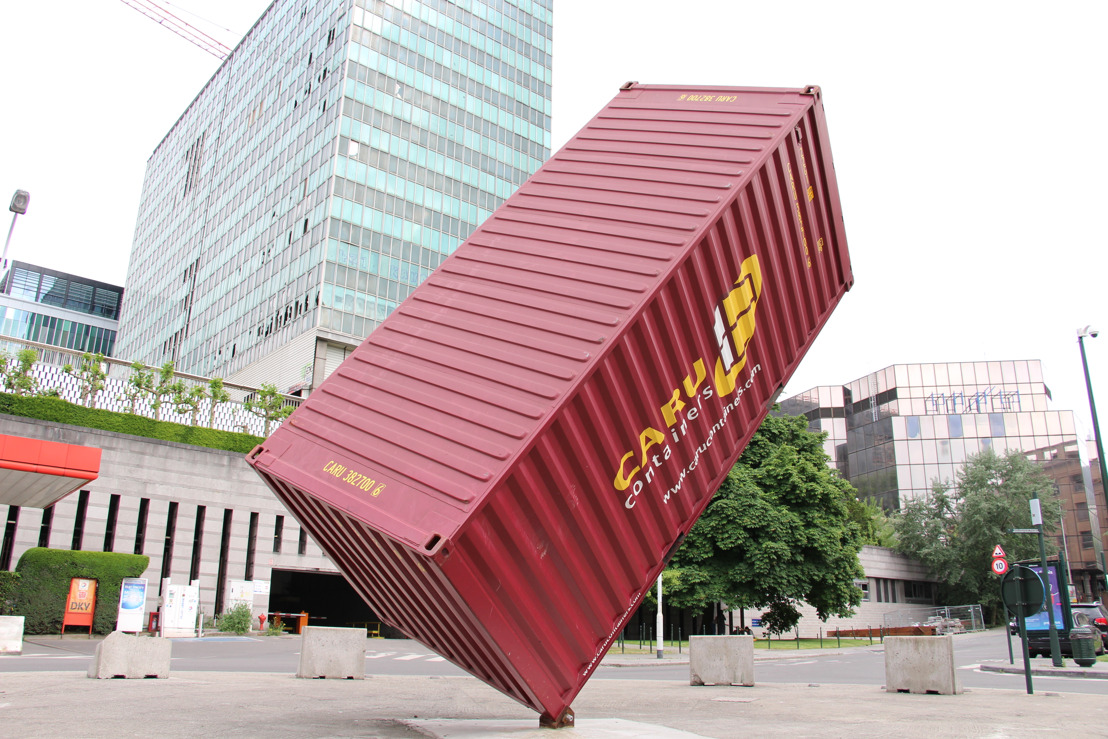 La Ville de Bruxelles achète l'œuvre The Container de Luc Deleu